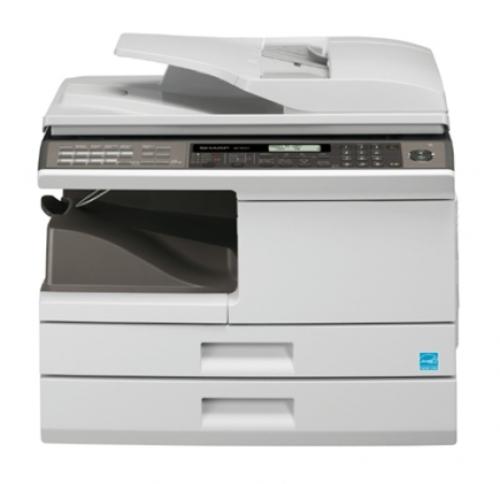 AR-M200