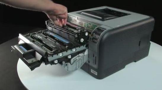 Toner HP CB540A - Remplacement du toner